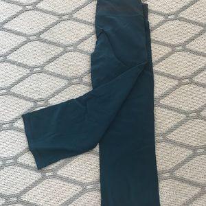 Lululemon workout Capri pants. Size 4.